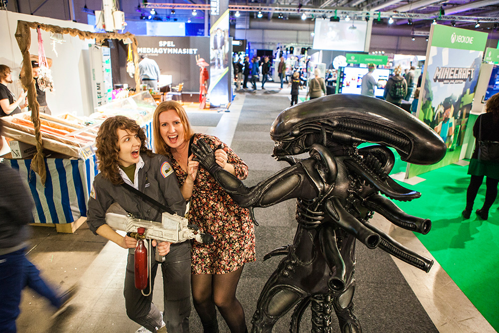 Gamex-Comiccon-Alien-Cosplay