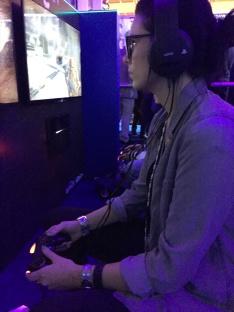 Gamex-Comiccon-stopXwhispering-playing-Destiny