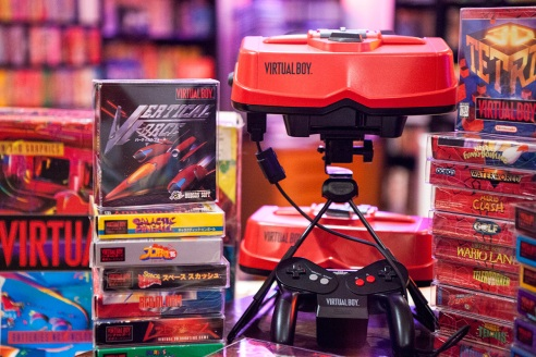 Virtual Boy with games