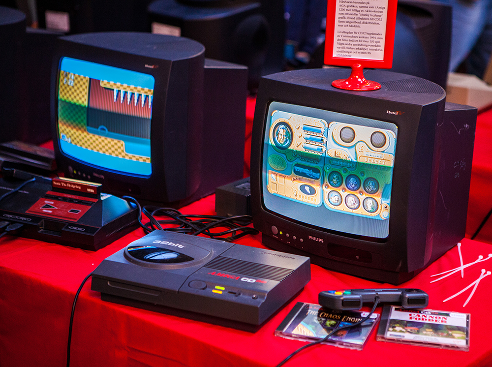 Amiga CD32 gaming at Retro Gathering