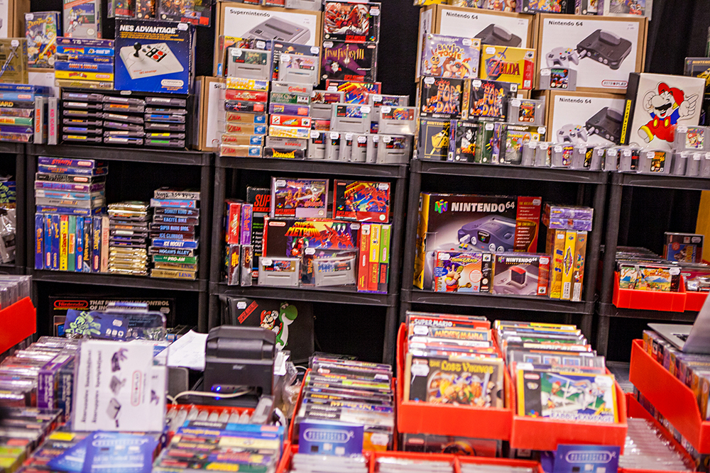 Lots of games for sale at Retro Gathering
