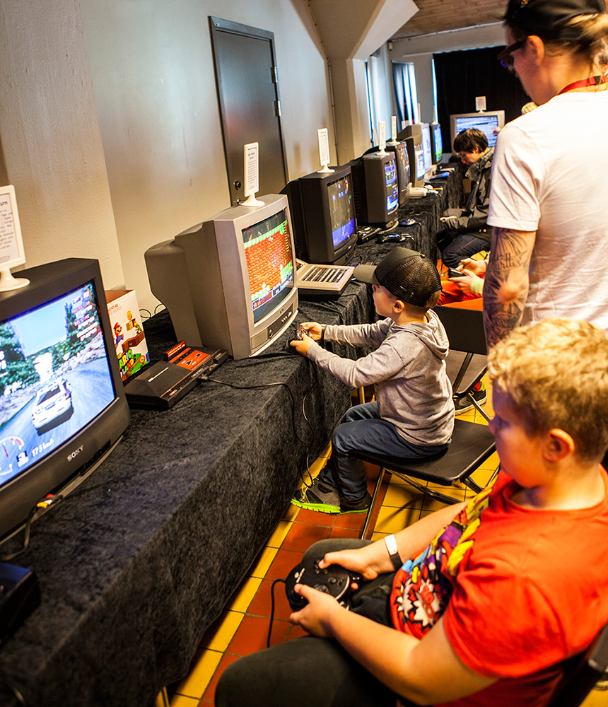 Retrospelsfestivalen 2014 - Gaming!!