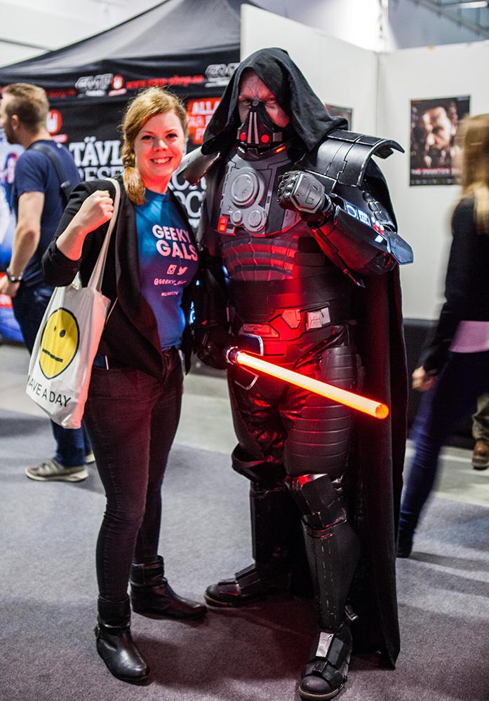 Geeky Gals Becki & Star Wars Sith Lord Darth Malgus