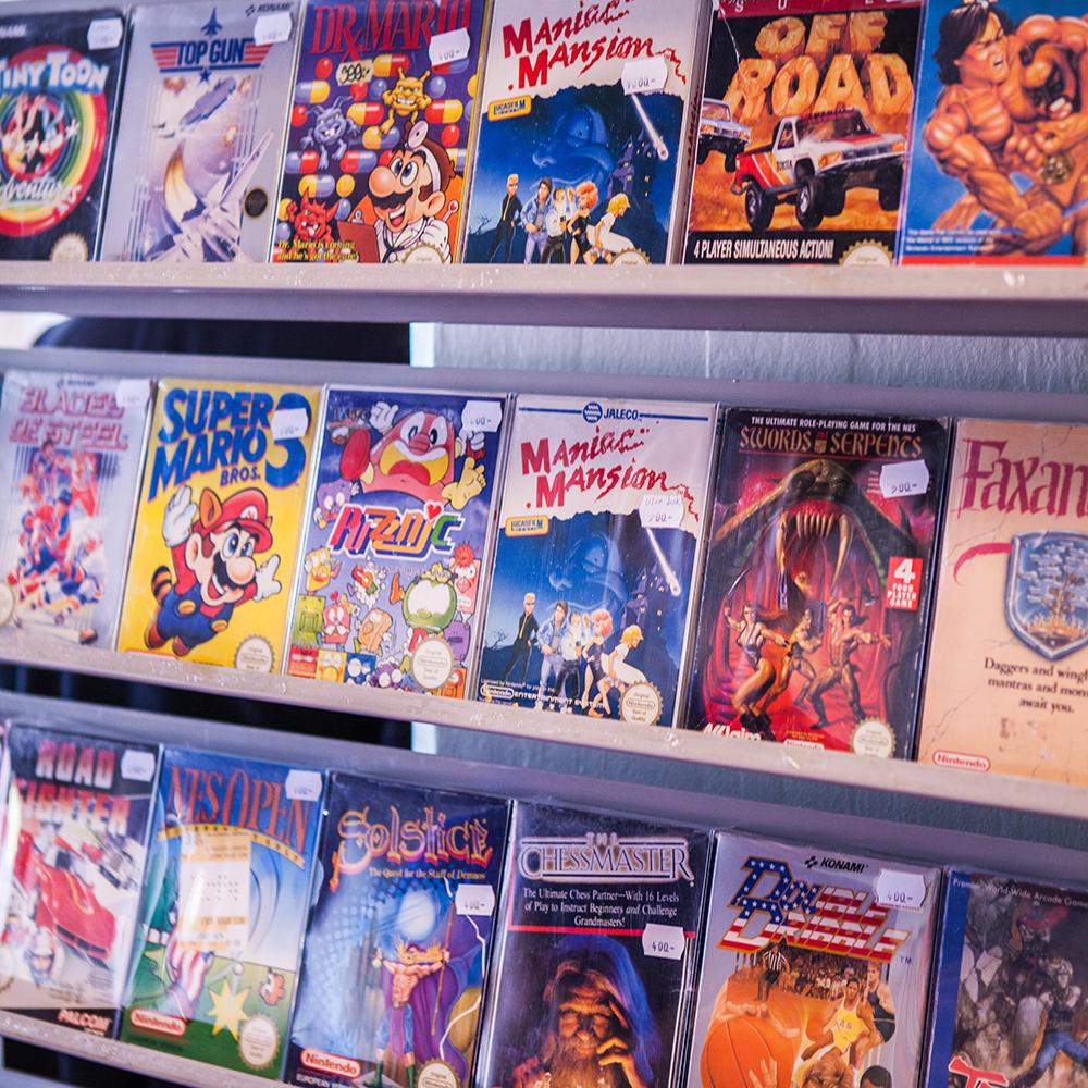 CIB NES games at Retrospelsfestivalen 2015