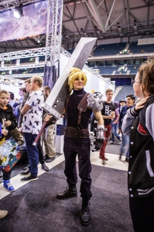 Cloud cosplay - ComicCon Gamex 2015