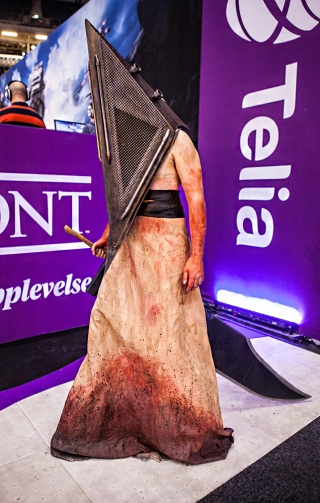 Pyramid Head cosplay from Silent Hill - ComicCon Gamex 2015