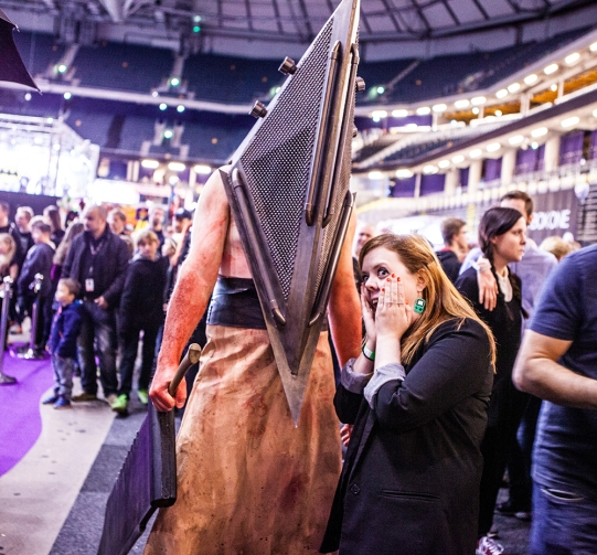 Pyramid Head with Becki - ComicCon Gamex 2015