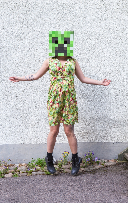 Minecraft Creeper jump