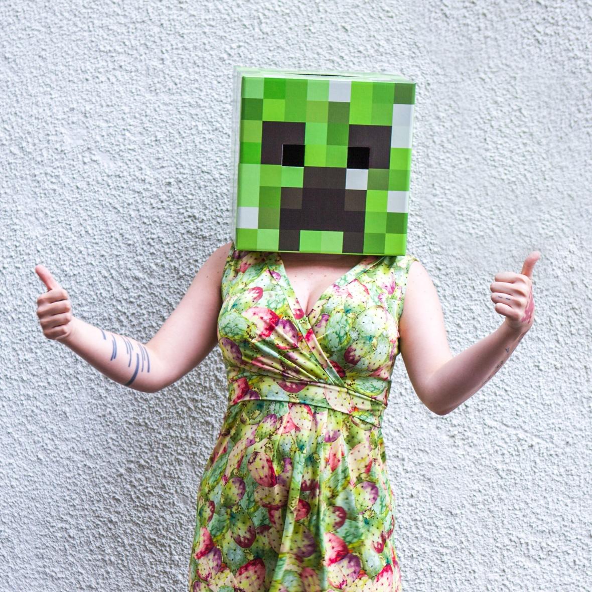 Thumbs Up Minecraft Creeper