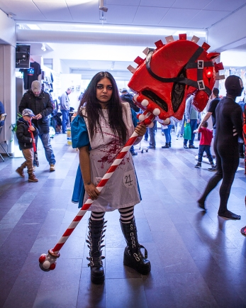 Alice cosplay at Sci-Fi World