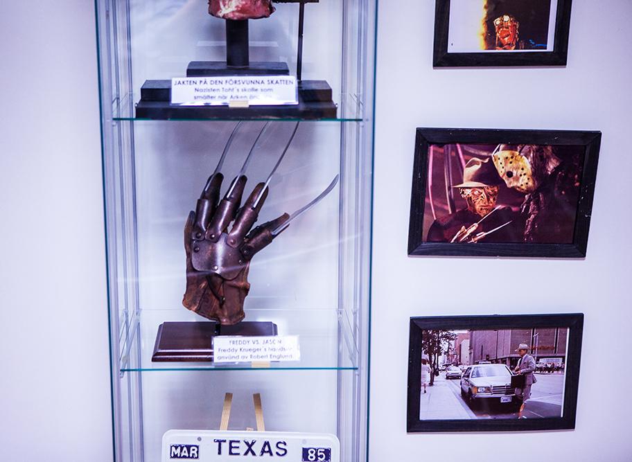 Freddy VS Jason props at Sci-Fi World