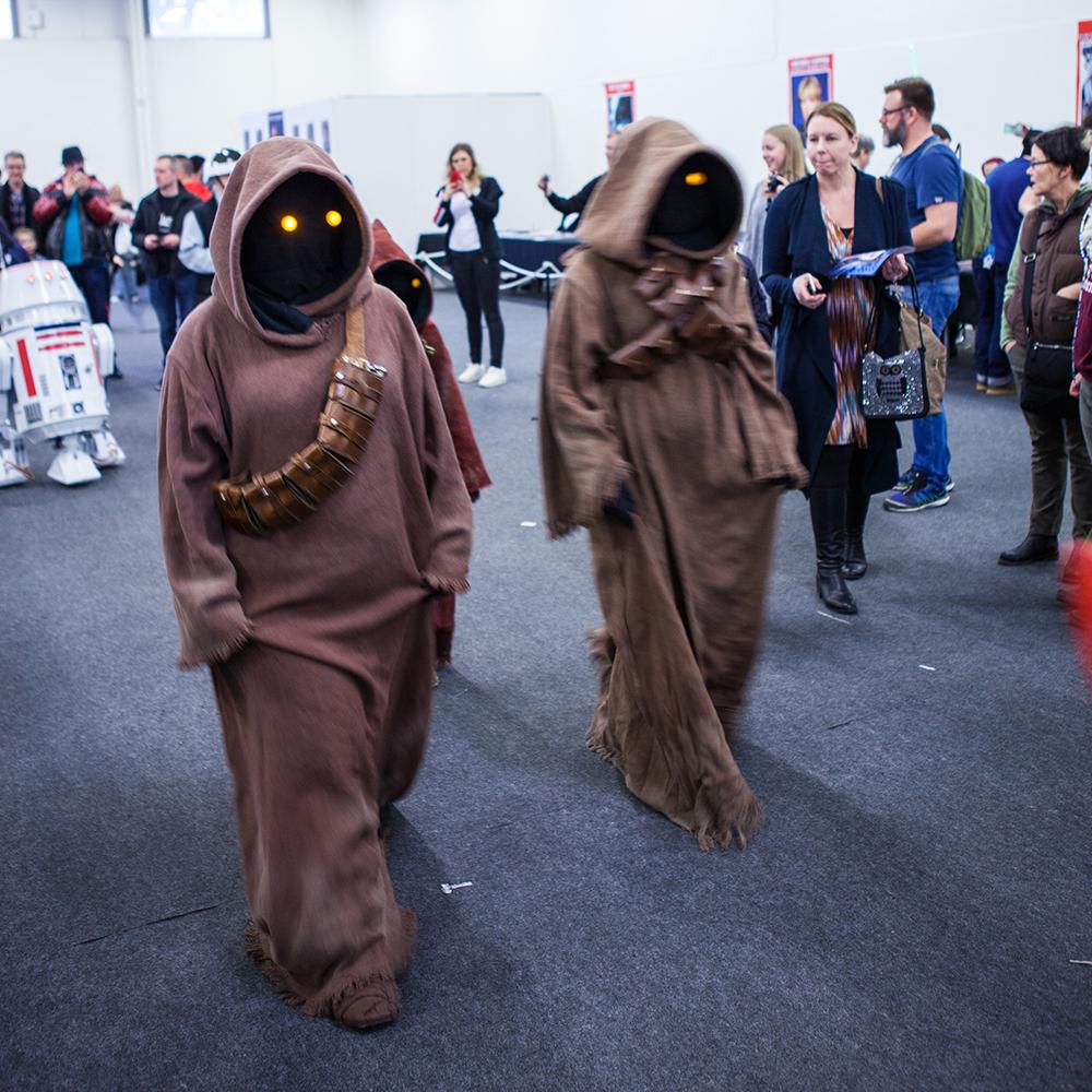 Jawa cosplayers at Sci-Fi World