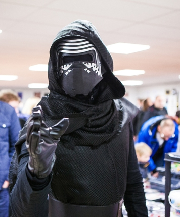 Kylo Ren cosplay at Sci-Fi World