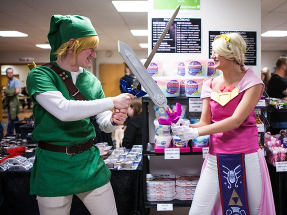 Link & Zelda at Sci-Fi World