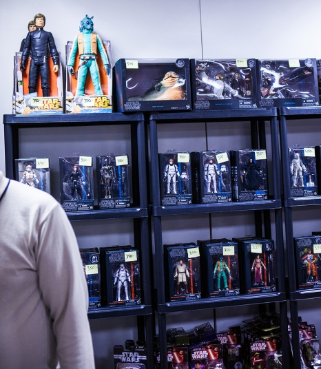 Star Wars figures at Sci-Fi World