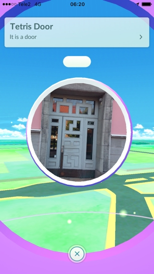 It's a TETRIS door!! - Pokémon Go