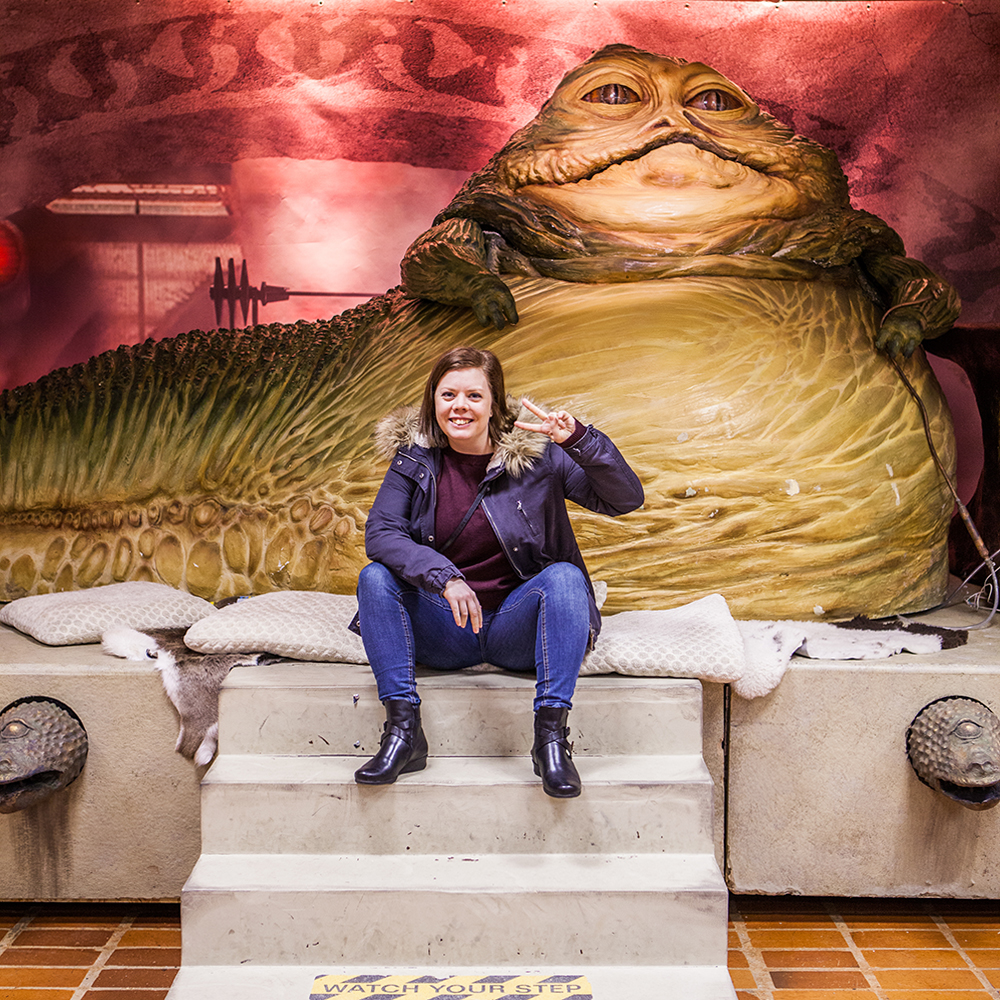 Becki & Jabba the Hutt - Sci-Fi World