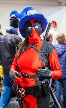 Female Deadpool with hat- Sci-Fi World